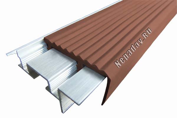 Алюминиевый профиль Safestep с двумя закладными элементами