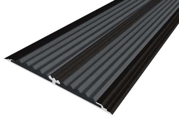 Алюминиевая анодированная накладная полоса цвета черный с двумя вставками против скольжения