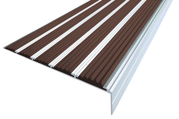 Алюминиевый накладной угол с пятью темно-коричневыми вставками против скольжения