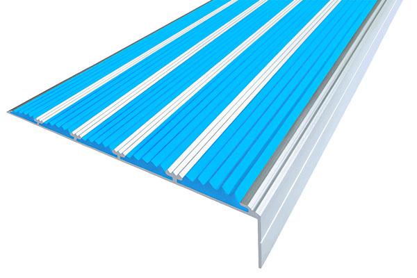 Алюминиевый накладной угол с пятью голубыми вставками против скольжения