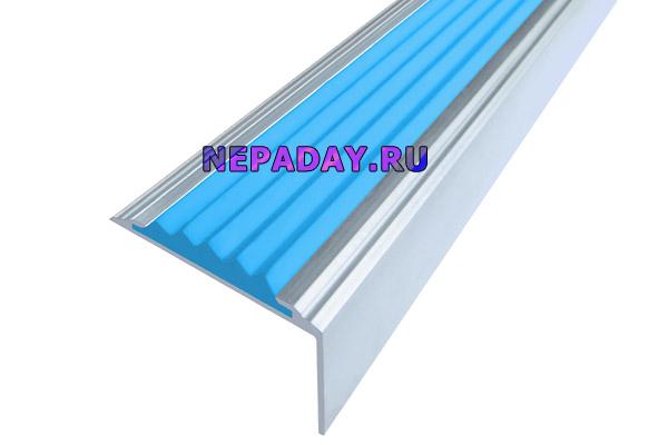 Алюминиевый накладной угол Стандарт с одной голубой вставкой против скольжения